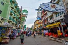 Camino de Khao San en Bangkok, Tailandia Foto de archivo