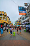 Camino de Khao San en Bangkok, Tailandia Fotos de archivo libres de regalías