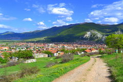 Camino de la montaña de la suciedad Foto de archivo libre de regalías
