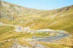 Camino de la montaña de Transalpina Foto de archivo libre de regalías