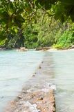 Camino de la roca en la isla fotos de archivo libres de regalías
