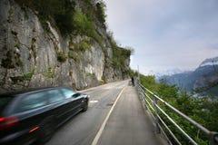 Camino de las montañas Imágenes de archivo libres de regalías
