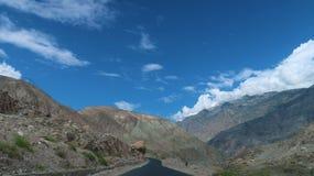 Camino de las montañas de Chilas Fotografía de archivo libre de regalías