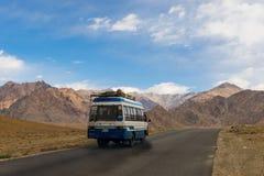 Camino de Leh a Lamayuru Imágenes de archivo libres de regalías