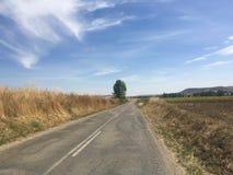 Camino de Spanisch adentro al centro de ninguna parte imagen de archivo