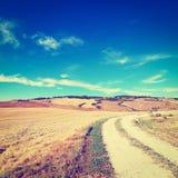 Camino de tierra Imágenes de archivo libres de regalías