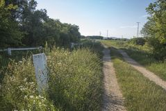 Camino de tierra Imagenes de archivo