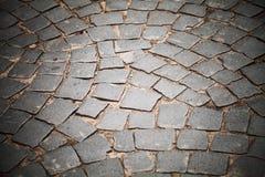Camino del adoquín, pavimento de piedra de la calle Foto de archivo libre de regalías