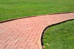Camino del centro del césped Foto de archivo