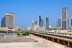 Camino del centro financiero en Dubai Foto de archivo