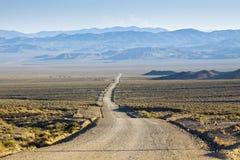 Camino del desierto de la suciedad fotografía de archivo libre de regalías