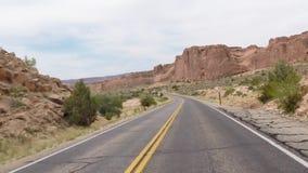 Camino del desierto de los arcos almacen de metraje de vídeo
