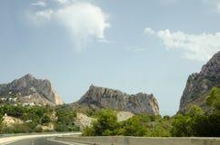 Camino 16 del fin de semana del viaje del cielo de las montañas del paisaje de Europa Imágenes de archivo libres de regalías