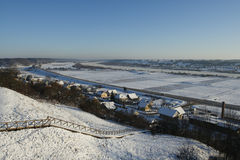 Camino del invierno con nieve Imagen de archivo
