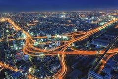 Camino del puente en la noche Fotos de archivo