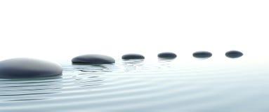 Camino del zen de piedras en con pantalla grande Foto de archivo