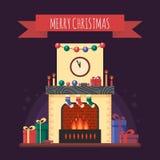 Camino di Natale con i regali, l'orologio e la candela Interno festivo variopinto per la cartolina d'auguri nello stile piano Cas Immagine Stock Libera da Diritti