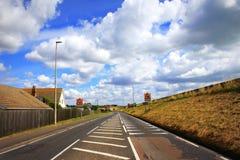 A259 camino Dymchurch Kent Reino Unido Fotos de archivo libres de regalías