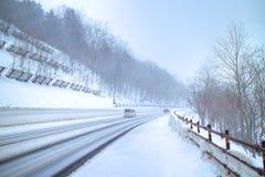 Camino e invierno Imagen de archivo libre de regalías