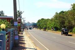 Camino en el área de Koggala Fotos de archivo libres de regalías