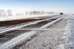 Camino en el invierno Imagen de archivo libre de regalías