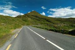 Camino en el paisaje de Irlanda Imagen de archivo libre de regalías