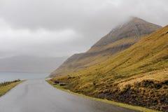 Camino en Faroe Island fotos de archivo