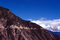Camino en la montaña Fotos de archivo