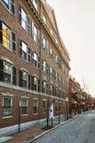 Camino en la vecindad Boston céntrica de Beacon Hill de Massachusett fotos de archivo libres de regalías