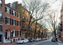 Camino en la vecindad de Beacon Hill en Boston céntrica mA imagen de archivo