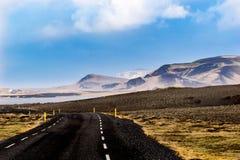Camino en las colinas Foto de archivo libre de regalías