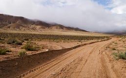 Camino en las montañas Fotografía de archivo libre de regalías