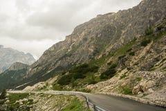 Camino en las montañas Fotos de archivo