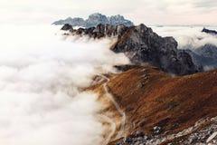 Camino en las montañas de Mangart Imagen de archivo