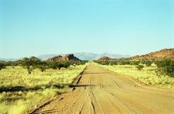 Camino en ninguna parte, Damaraland, Namibia Fotos de archivo libres de regalías