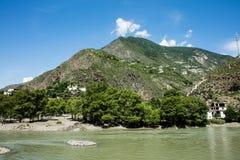 Camino en Sichuan, China Imagen de archivo libre de regalías