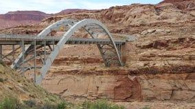 Camino escénico 95 el río Colorado que cruza almacen de metraje de vídeo