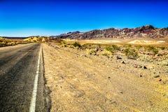 Camino escénico en Death Valley Fotos de archivo libres de regalías