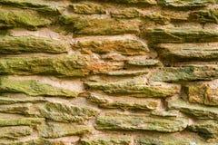 Camino fatto della pietra dell'ardesia - fondo Immagine Stock