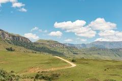 Camino a Injisuthi en la sección del castillo de Giants, Maloti Drakensberg P Fotografía de archivo libre de regalías