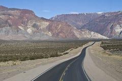Camino internacional la Argentina - Chile Imagen de archivo