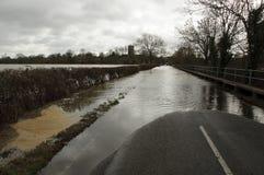 Camino inundado Inglaterra Reino Unido Fotos de archivo libres de regalías