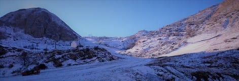 Camino Kosovo de la montaña Fotos de archivo