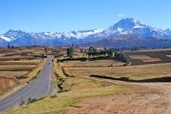 Camino a la montaña Imagenes de archivo
