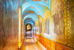 Camino largo a la iglesia del trabajo del St Foto de archivo