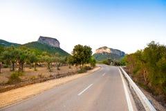 Camino a las colinas Fotos de archivo libres de regalías