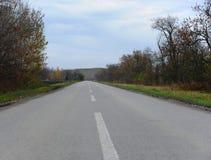 Camino lateral del país vacío del conncrete Foto de archivo libre de regalías