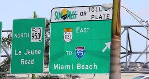 Camino a Miami Beach almacen de video