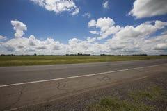 Camino Pampa la Argentina Foto de archivo libre de regalías