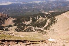Camino que va abajo del pico de Pike Foto de archivo libre de regalías